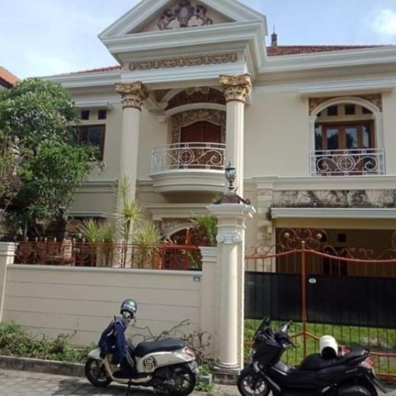 di jual istimewa rumah seperti istana di gatsu timur denpasar