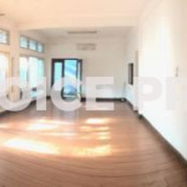 Dijual Rumah di menteng Luas Tanah 1054 m2