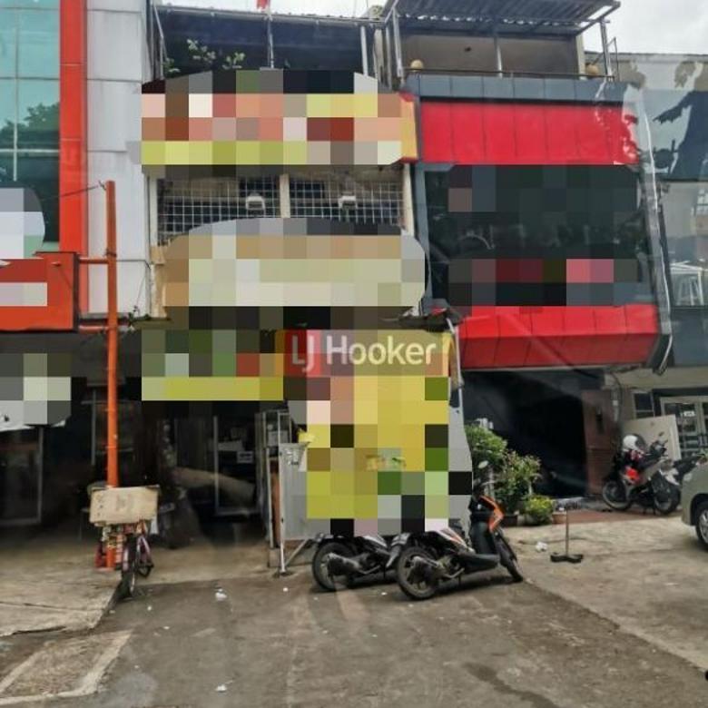 Ruko 2.5 Lantai Di Jalan Boulevard Raya Area Kelapa Gading
