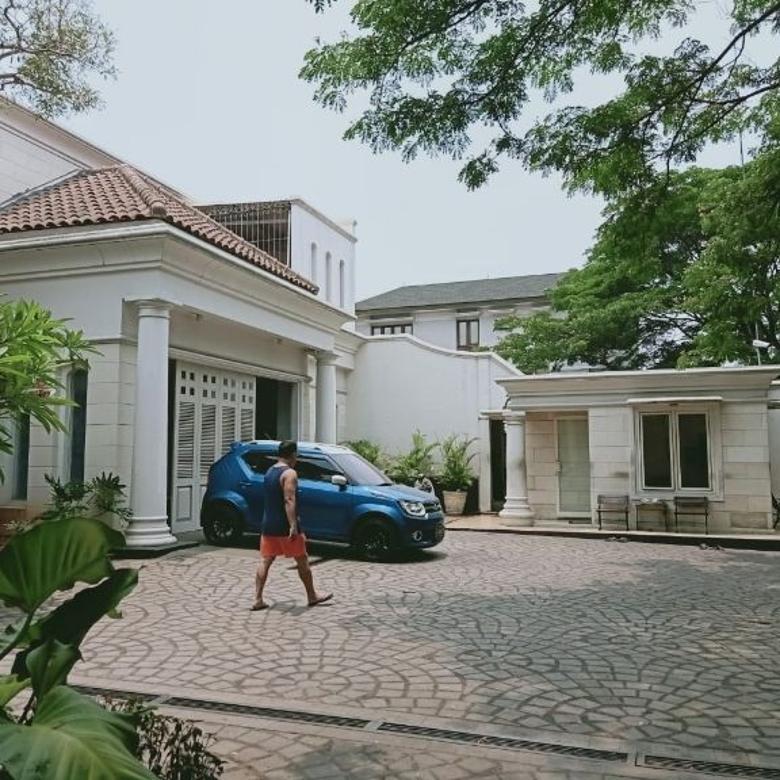 Rumah, furnished, di perumahan elite modernland, tangerang