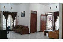 Rumah Hoek Taman Kopo Indah III