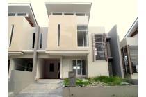 Rumah di Samarinda Citraland City Dijual, siap pakai baru, 6 unit, murah