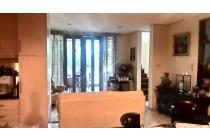 Rumah di sewakan area Cilandak, full furnished