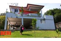 (need to sell fast!) A beautiful lakeside home villa @ Sekupang Batam