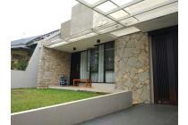 Dijual Rumah Nyaman Komplek Villa Melati Mas Tangsel,milik sendiri