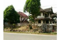 4 unit rumah disatu lahan milik ex bank exim