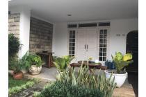Rumah Satu Lantai di Menteng - Dekat Perkantoran Thamrin dan Kuningan