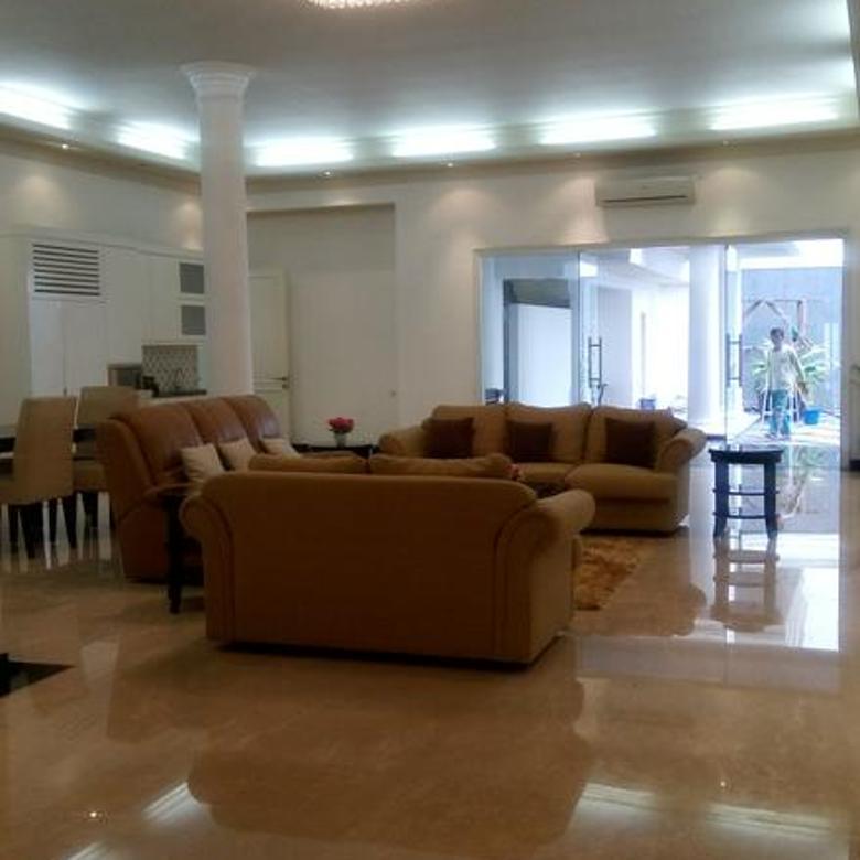 Rumah 1 Lantai Pool & ASRI Bonus FURNISH HANYA di Latuharhari, Menteng Jakarta Pusat