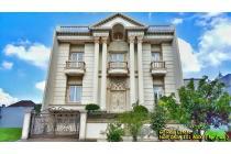 Dijual Rumah Artha Gading Villa Kelapa Gading Jalan Utama 450m