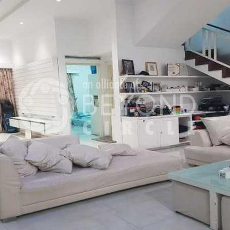 Rumah Semi Furnish Luas Modern Di Bandung Kota Baru Parahyangan