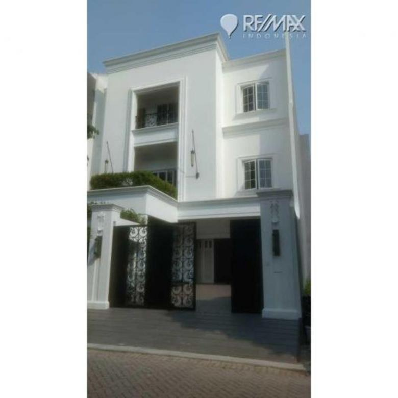 Rumah Brand New di Pantai Indah Kapuk