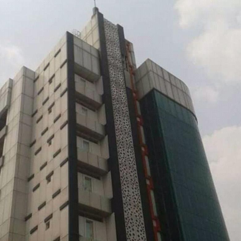 Dijual Gedung Baru di Mampang Prapatan, JakSel.