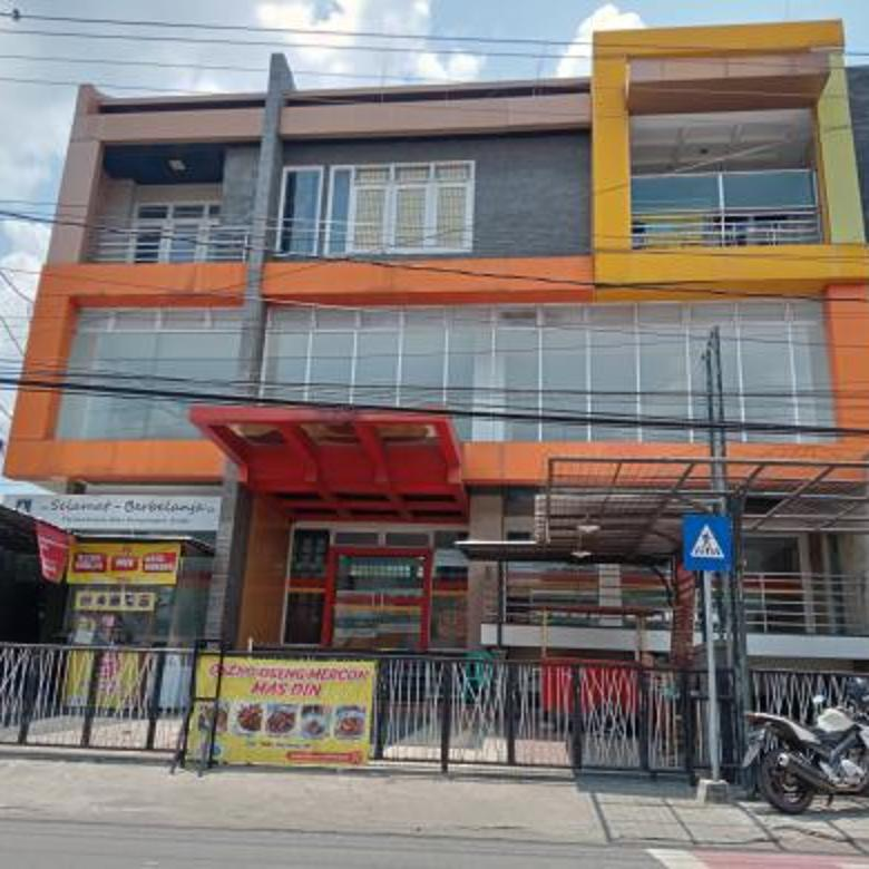Gedung MEWAH & STRATEGIS 4.5 Lantai di Kotagede Jogjakarta