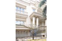 Rumah Bukit Gading Mediterania