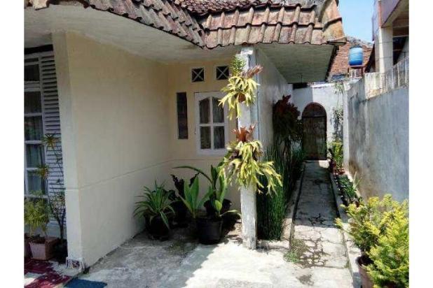 Dijual rumah lama di komplek CCI Cicukang Indah, Mekar Rahayu, Bandung. 8058097