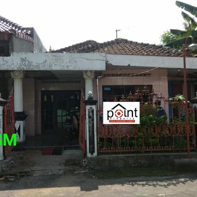 Tanah Ada Bangunan Rumah Lawas Butuh Renovasi