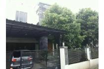 Dijual rumah 2 lantai dekat SDIT Annimah