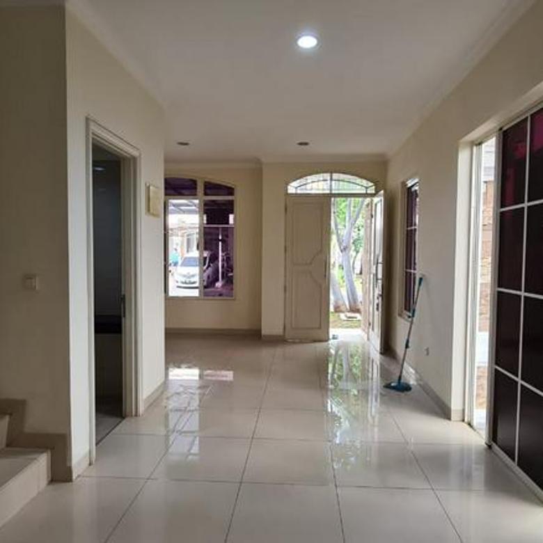 GUNADI 0817822992 Rumah HOOK di GREEN LAKE CITY cluster EUROPE dijamin paling murah 9x15
