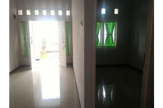 Ruang keluarga dan kamar 17794967