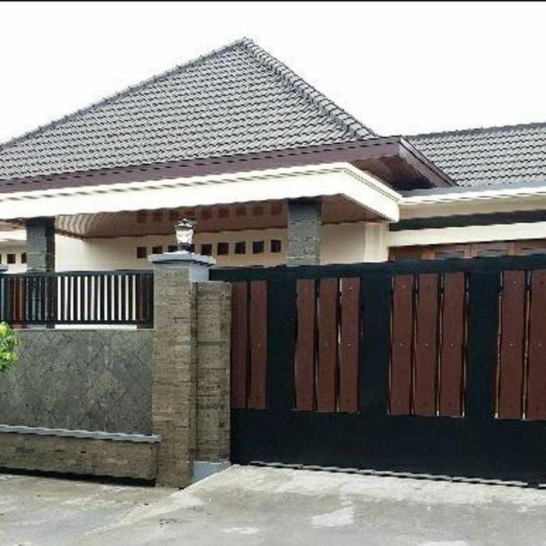 Rumah Mewah Besar 310m2 Dekat Saba Buana Solo Kota