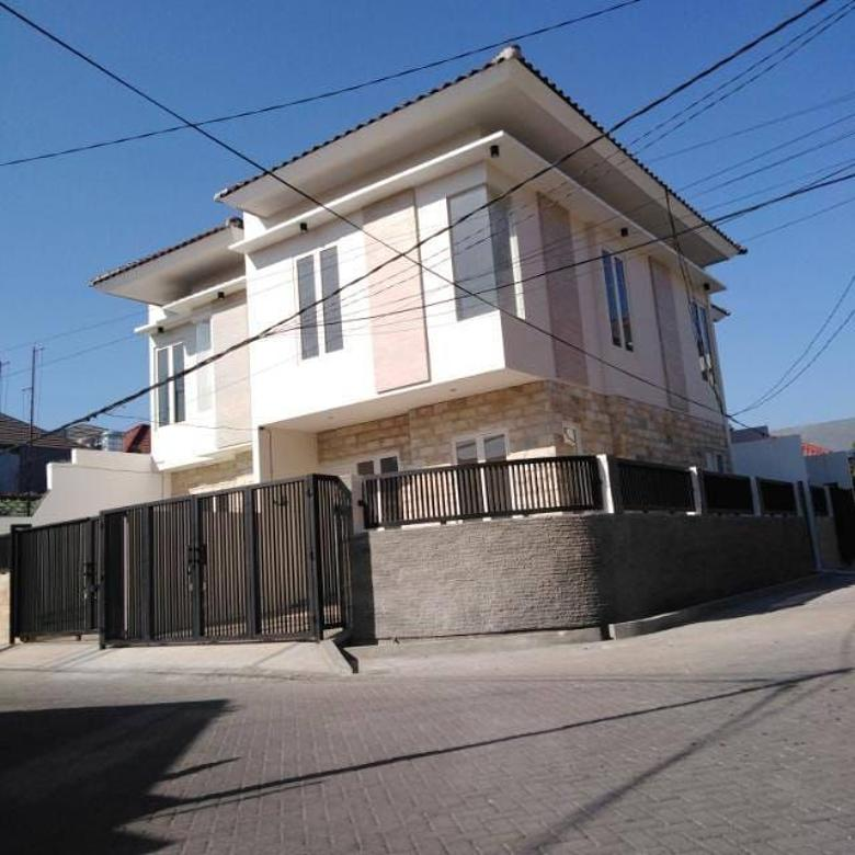 #A1767 Brand New! Modern Compact House At Darmo Permai SHM