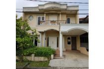Rumah Istimewa Semi Furnished KT4+1 KM3+1