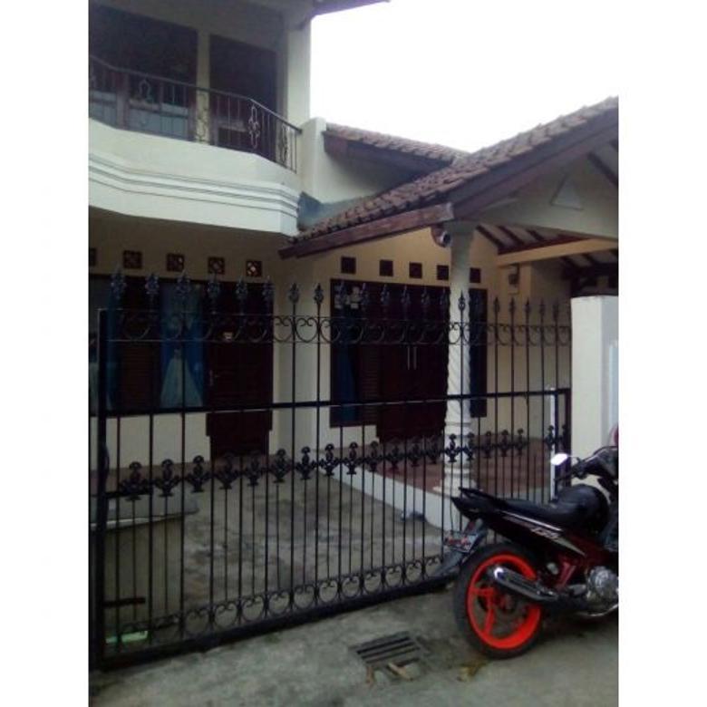 Rumah Nyaman 2 Lantai Di Riung Bandung
