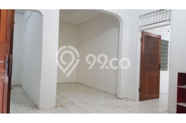 ruang tamu dan 2 ruangan kosong bisa dijadikan kamar lagi 17697817