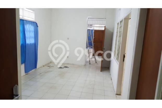 ruang keluarga dan 2 kamar tidur di sebelah kanan foto 17697890