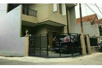 Dijual Rumah strategis, less than 3KM to Kota Kasablanka & Stasiun Cawang