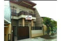 Rumah Mewah Lux 2 Lantai Dekat Manahan Solo Kota