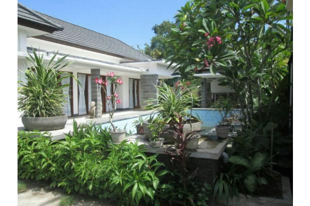 villa disewakan dijual di batu layar v018