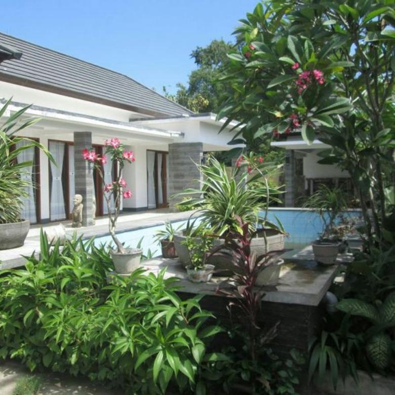 Villa disewakan/dijual di Batu Layar v018