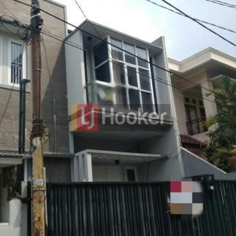 Rumah Di Jalan Kuningmas, Area Kelapa Gading