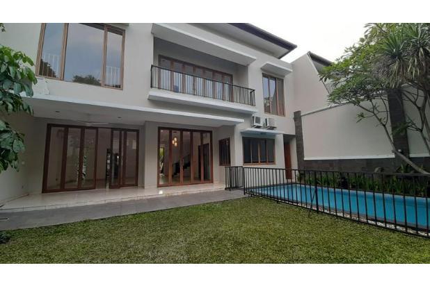 Rumah Dalam Compound di Kemang, private pool & Garden