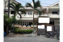 Rumah 2 Lantai uk 8x15 di Muara Karang