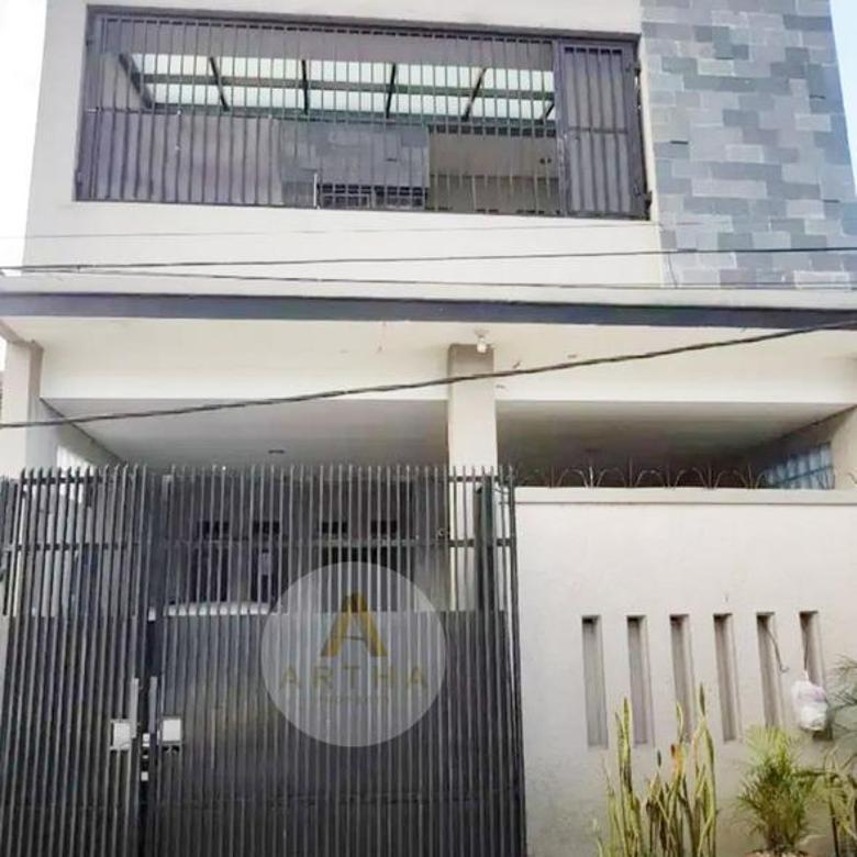 Rumah Modern Minimalis Siap Huni di Taman Rahayu Bandung