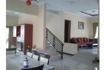 RUMAH DIJUAL: Rumah Mewah Luas Asri Seperti Vila di Graha Bintaro