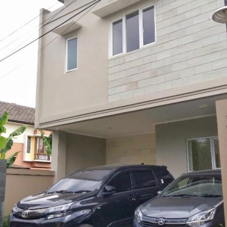 Jual Rumah Baru Minimalis 2Lt Lux dekat Univ Polban