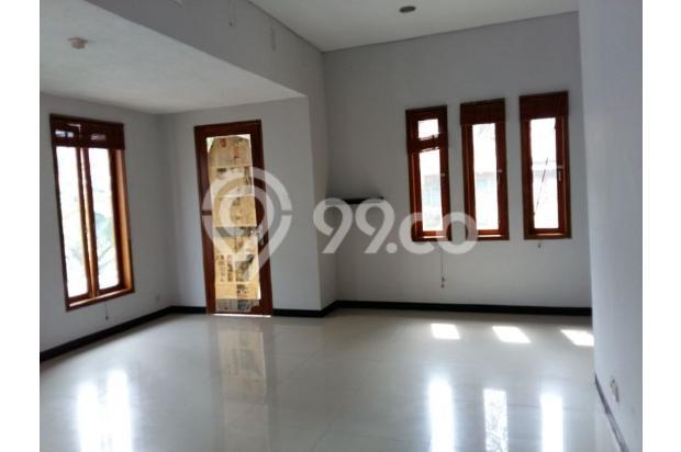 Rumah dijual di Sarijadi Bandung, Rumah kokoh dan terawat | Ri 13916743