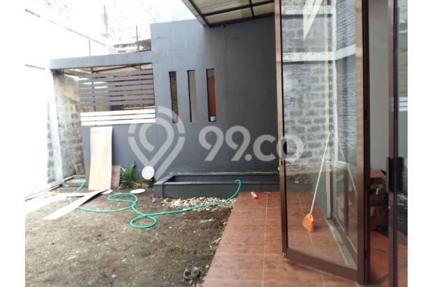 Rumah dijual di Sarijadi Bandung, Rumah kokoh dan terawat | Ri 13916772