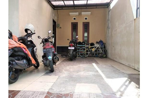 Griya Mewah Konsep Anggun Dan Modern Dekat Jalan Palagan 17700252
