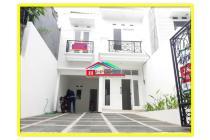 Rumah Baru 2 lantai lux bagus di Tebet Barat Siap huni carport bisa 3 mobil