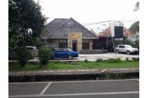 Jual Rumah Sayap Riau Bandung. Cocok untuk usaha, resto, kantor.