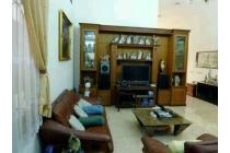 Dijual Rumah Lama di area H Agus Salim, Menteng, hunian