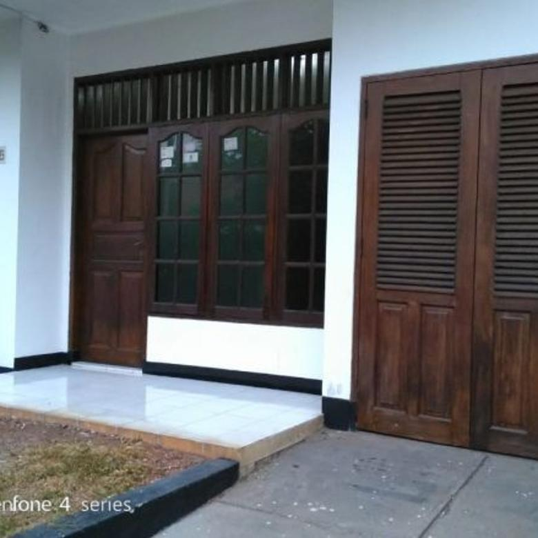 Dijual 4 Rumah siap huni di Ciledug Jl Perdagangan Tangerang B