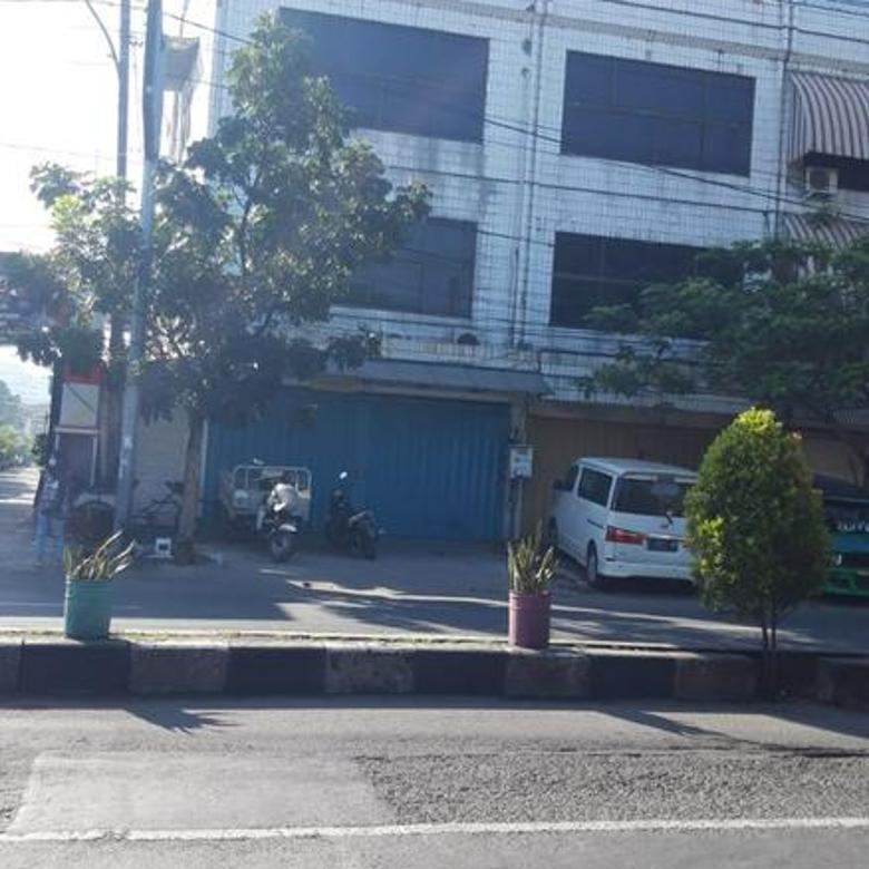 Cocok untuk INVESTOR, Ruko 3,5 Lantai Daerah Jalan Semarang
