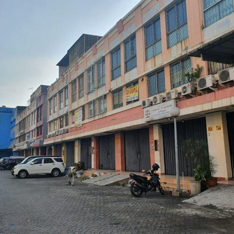 Ruko Di Kawasan Perkantoran Mega Cempaka Mas, Cempaka Putih, Jakarta