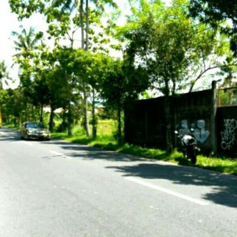 Jl.Palagan Km.11 utara Pasar Rejodani, Hotel Hyat, dan UGM Jl.Kaliurang