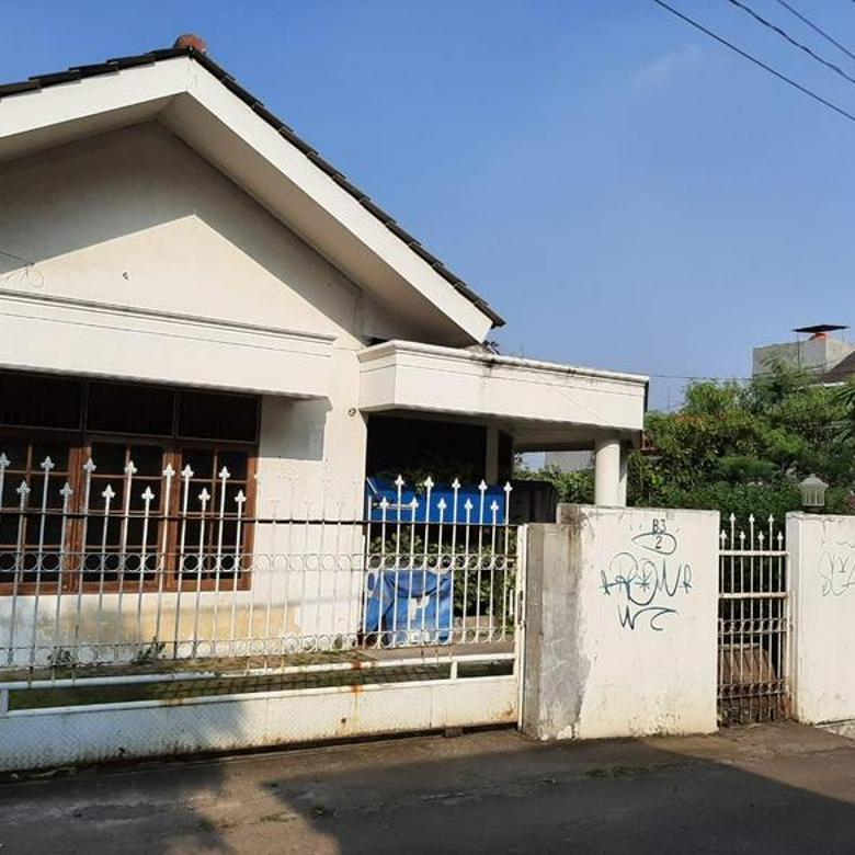 Rumah Ampera Hanya 1 KM Ke  Tol TB Simatupang dan Cilandak town Square mall